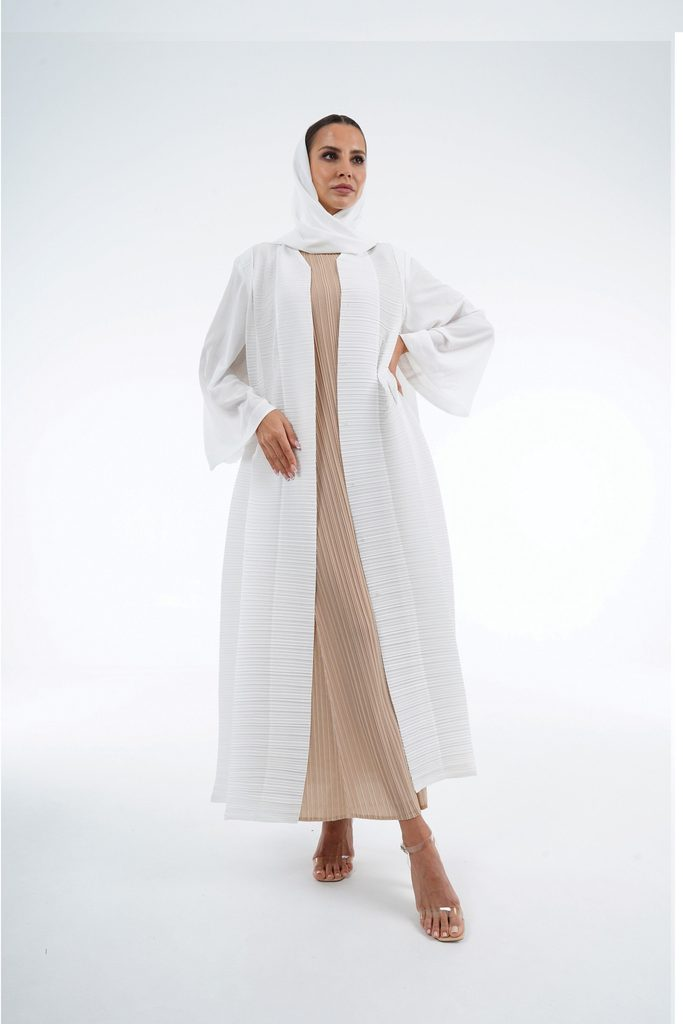 Pleated Abaya With Large Fold Detail And Shayla
