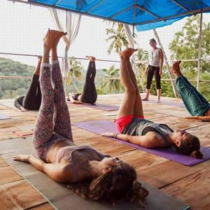 Tips to get the best benefits from yoga teacher training programs