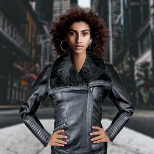Experiment your winter look with gray leather jacket