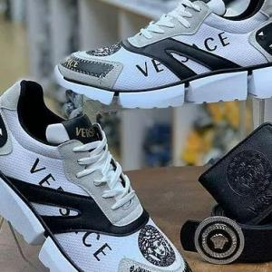 Latest Trend Men Fashion Casual Shoes to Protect Your Feet from Winter & Match the Outfits
