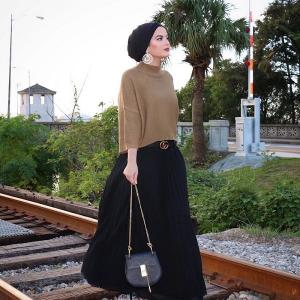 know the use of hijabs for an eye-catching look