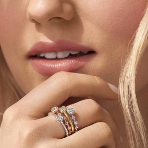 5 Things to Do While Purchasing Gold Wedding Bands