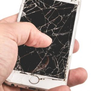 Choose The Right iPhone Repairs Specialist