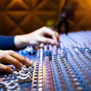 How Do You Get Started As A Freelance Musician?