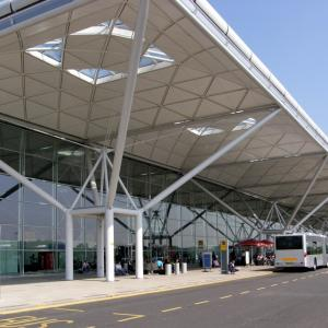 Taxi Service in London Heathrow Airport