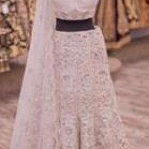 Zoharin Offers the Best Party Wear Gown and Many Different Varieties of Clothes for Women's
